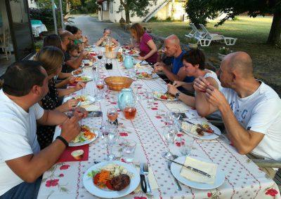 Table d'hôte au Domaine Las Brugues