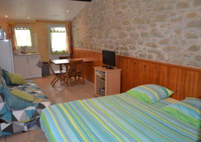 Gîte La Boulbène – de studio met keuken, tweepersoonsbed en slaapbank