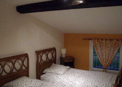 Gîte Le Caussanel – la chambre avec deux lits doubles