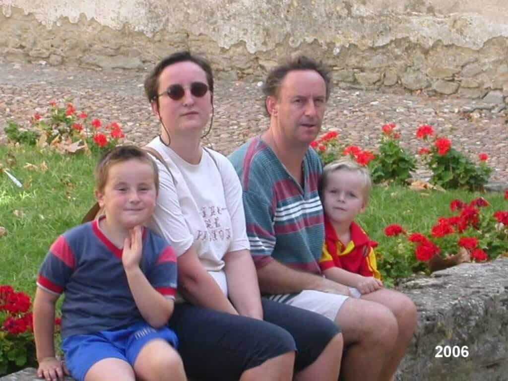 Leen en Patrick van Las Brugues met hun zonen in 2006