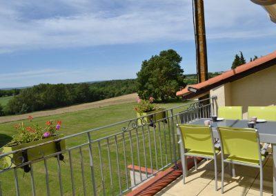 Gîte Le Caussanel - la terrace avec belle vue