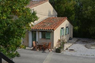 La terrace du studio du Boulbène du Las Brugues