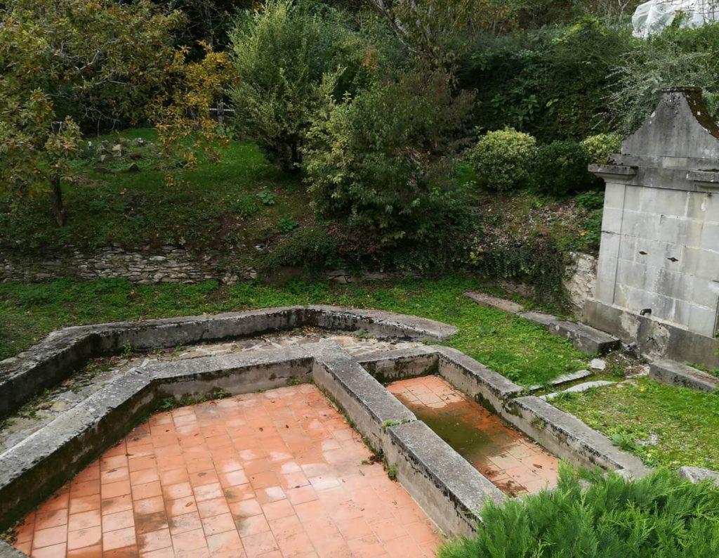 Balade en famille, Lavoire de la Fontaine