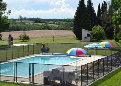 Domaine Las Brugues, profitez de la piscine avec belle vue